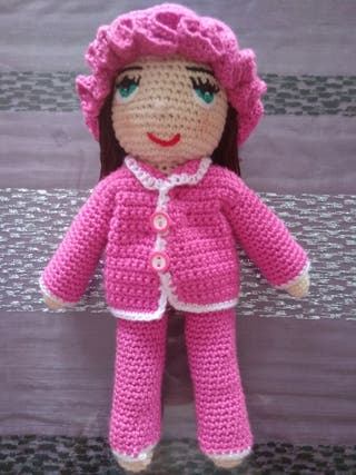 Muñeca con pijama