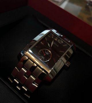 Reloj Doxa 243.10