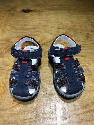 Talla 25 Ropa zapatillas sandalias bebe niñ