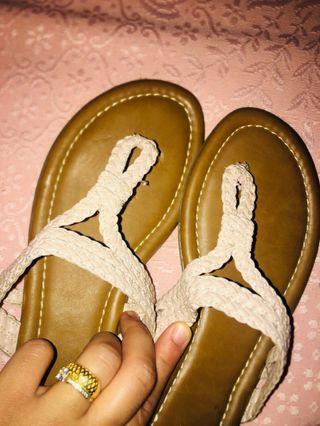 3 Sandalias talla 39