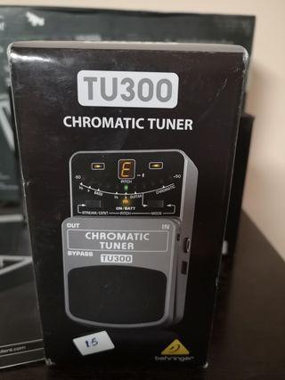 cromátic tuner TU300