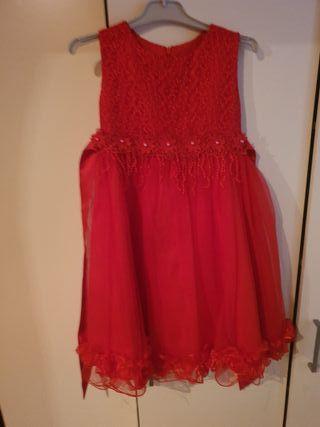 se vende vestido de niña talla 4,5,años