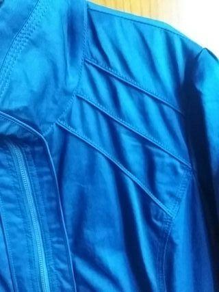 Cazadora Azul Berska Talla XL. Nueva. ENVÍO GRATIS