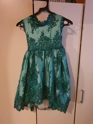 se vende vestido de niña talla 4 5 años