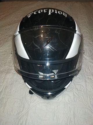 casco de moto en perfecto estado