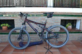 Bicicleta de montaña Rockrider 9.1