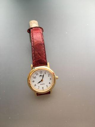 e20fe40cce70 Reloj Quartz de segunda mano en Madrid en WALLAPOP