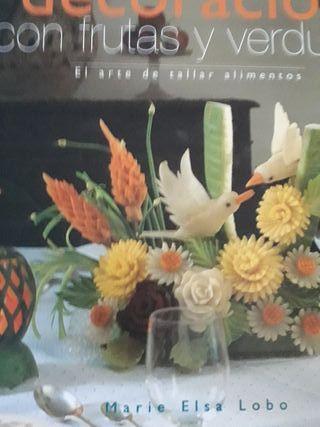 libro DECORACIÓN CON FRUTAS Y VERDURAS
