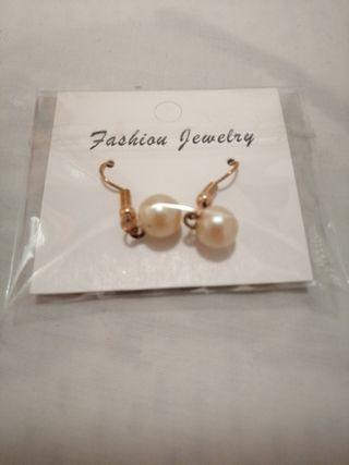fad6cbce2304 Pendientes perlas de segunda mano en la provincia de Castellón en ...