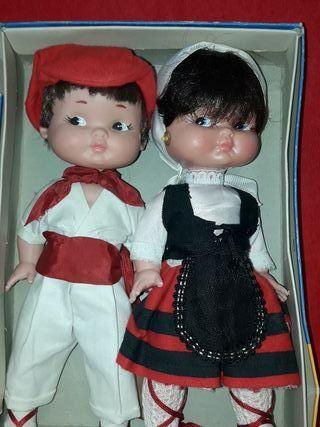 muñecas rapaciña y rapaciño de famosa