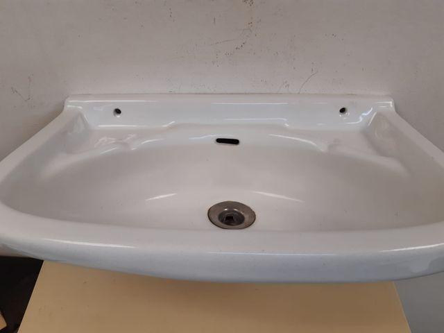 ANTIGUA Pica de lavabo. pequeña