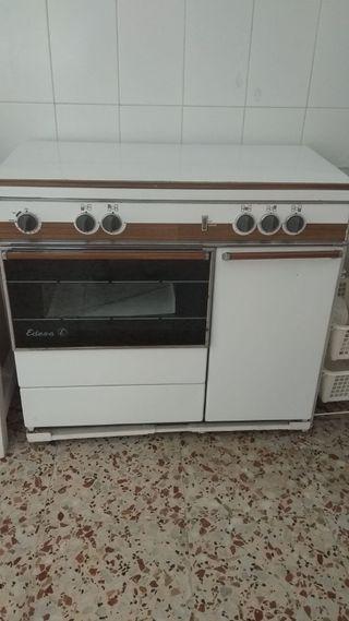 cocina de gas y eléctrica