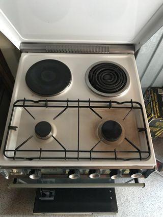 Cocina mixta eléctrica y gas URGE