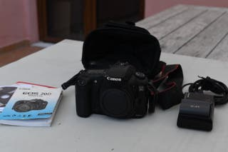 Canon EOS D20 SLR