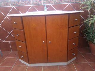 mueble de baño de madera y con lavabo incluido