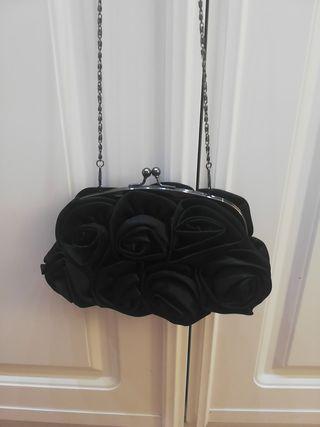 f3650493f Cartera de fiesta con flores de segunda mano. bolso fiesta flores
