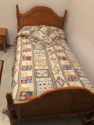 2 camas completas, mesita y armario
