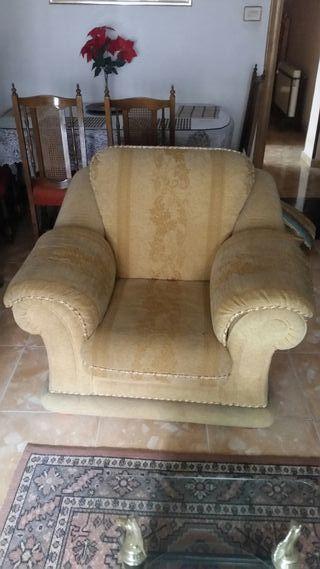 sofá cama y 2 sillones