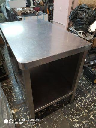 Mesa de acero horno
