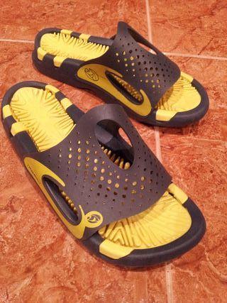 Zapatillas piscina num 37
