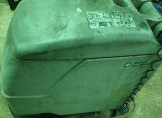 Fregadora y barredora de suelos para talleres