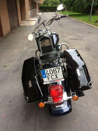 Se vende Moto Custom limitada mecanicamente
