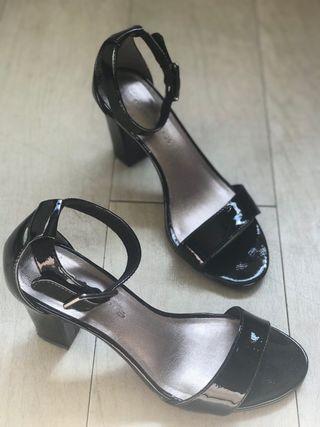 Sandales T37 TAMARIS