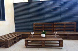 Conjunto sillones y mesa palets