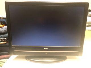 """TV LCD Marca OKI 16"""""""