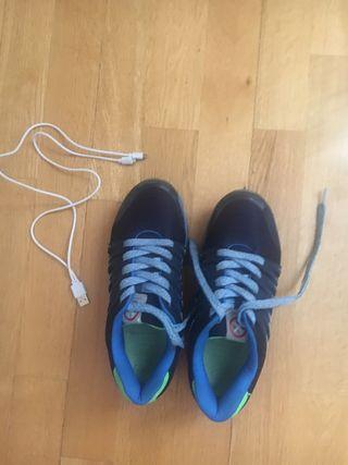 Zapatillas Pablosky con luces talla 36