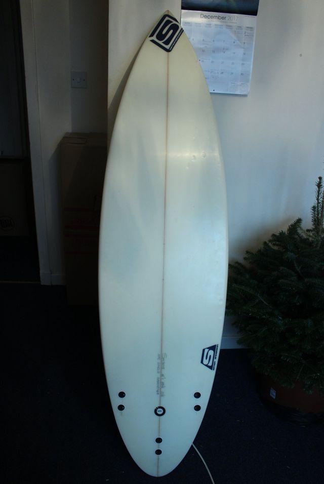 Tabla de surf Simon Anderson