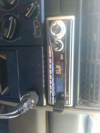 RADIO COCHE JVC CD USB 50*4