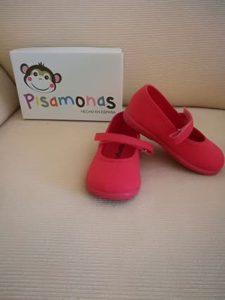04b01644 Zapatillas para niña de segunda mano en A Coruña en WALLAPOP