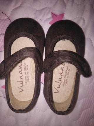 zapato talla 18