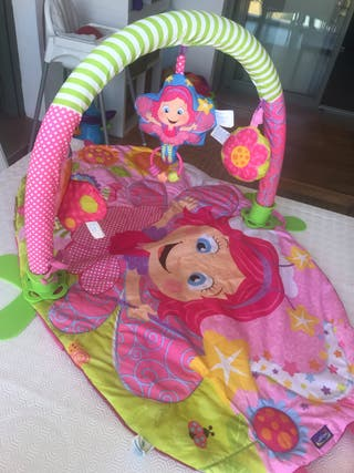 Manta de actividades bebé