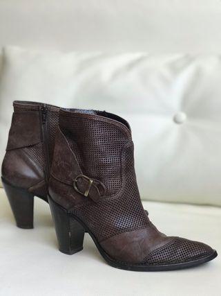 Bottines TEXTO t37 marron cuir
