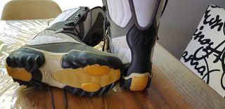 Tabla y botas de snowboard Quechua