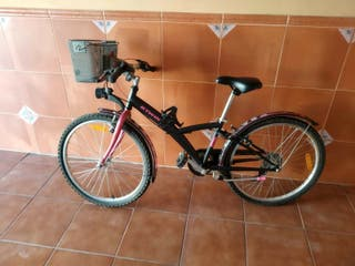 Bicicleta niña Btwin.