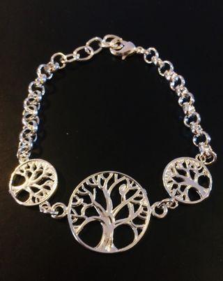 f1895c707508 Pulsera de plata árbol vida de segunda mano en WALLAPOP