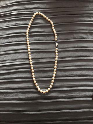 2bccc902b656 Collar de perlas majorica de segunda mano en WALLAPOP