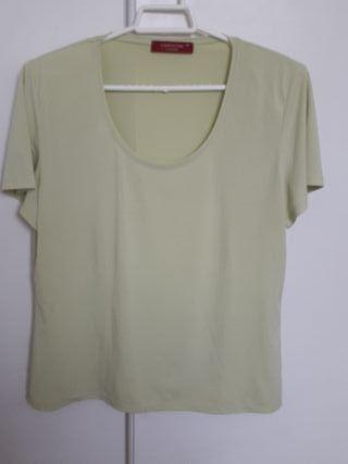 Camiseta verde pistacho talla 46