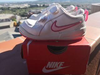 Zapatillas deportivas Nike niña