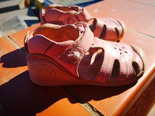 Zapatos niña biomechanics
