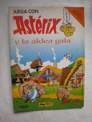póster pegatinas juega con astérix y la aldea gala
