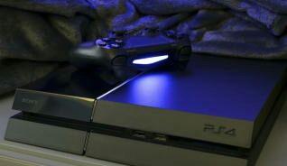 PS4 500 GB + mando+ 8 juegos