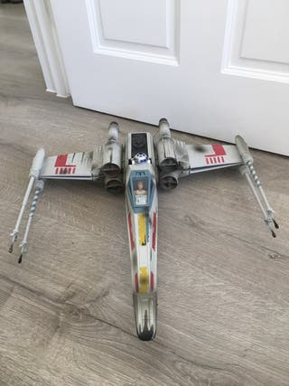 StarWars X-Wing fighter (very good condition)