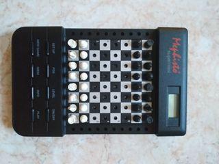 ajedrez electrónico mini
