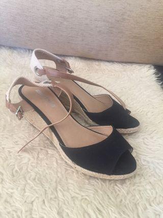 Sandalias negro talla 38