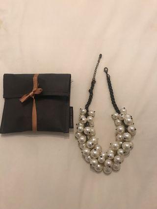 743518a7c54b Collar Zara perlas de segunda mano en WALLAPOP