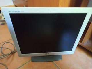 """monitor 17""""con cables"""